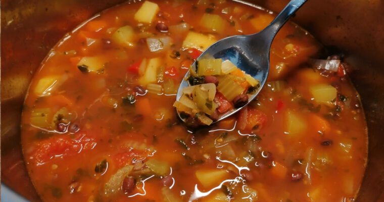 Zupa z fasolą adzuki