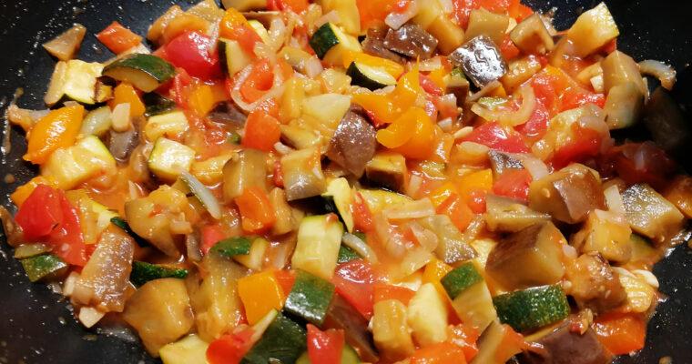 Gulasz warzywny (ratatuj)
